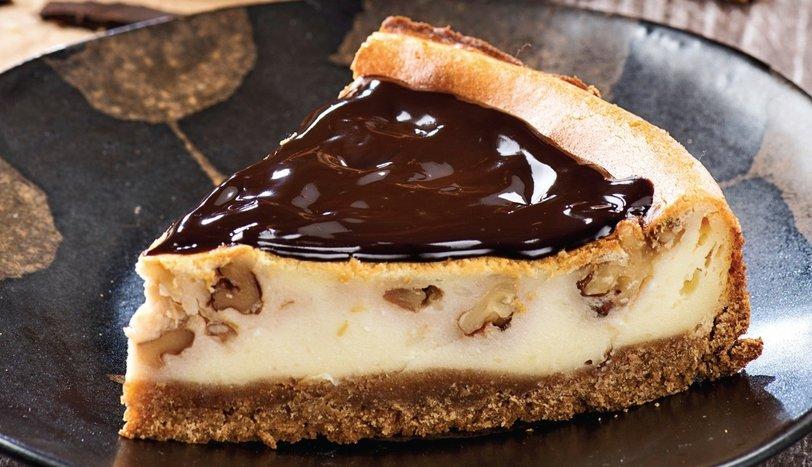 Çikolatalı ve cevizli cheesecake