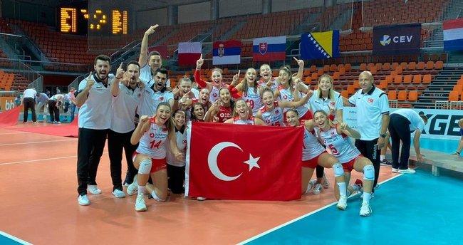 Türkiye 19 Yaş Altı Kız Voleybol Milli Takımımız Avrupa şampiyonu! - Spor  Haberleri