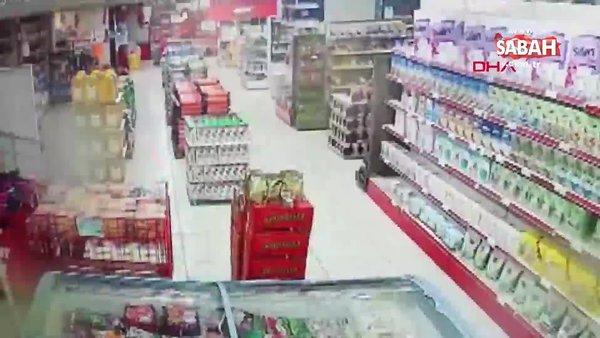 Siirt'te 5 büyüklüğünde deprem anları kamerada   Video