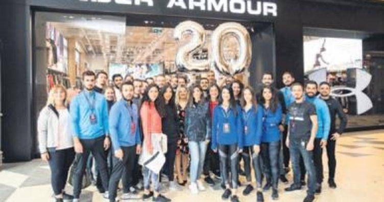 3e4e4e19149e7 Under Armour 20 ayda 20 mağazaya ulaştı. Global performans spor giyim ve  aksesuvar markası ...