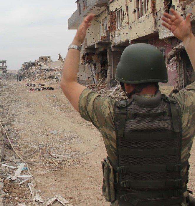 PKK Nusaybin'de kazdığı hendeğe gömüldü