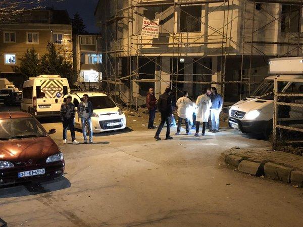 Sefaköy'deki o sokakta her yer delik deşik...