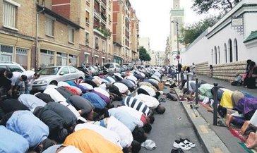 Fransa'da Müslümanlar hedefte