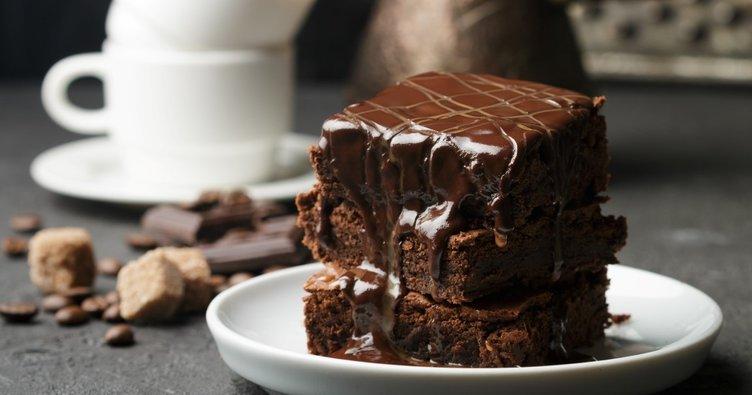 Bol soslu ve nefis kakaolu ıslak kek tarifi yapılışı: Evde en kolay ve lezzetli Islak kek nasıl yapılır?