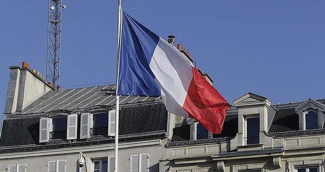 Fransa'da doktora İslamifobi cezası!