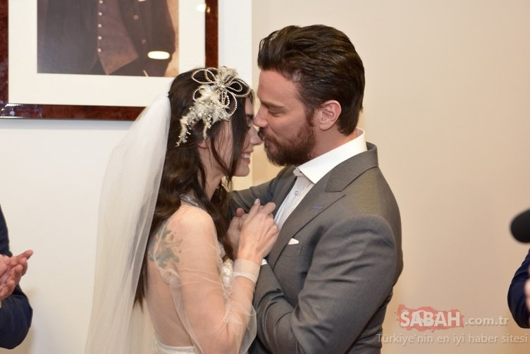 Sinan Akçıl ile Burcu Kıratlı boşanma krizini aştı! Sinan Akçıl ilk kez açıkladı