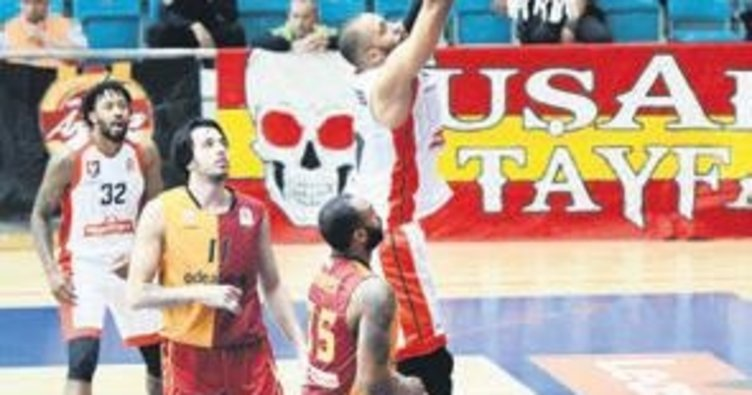 Galatasaray'a play-off darbesi