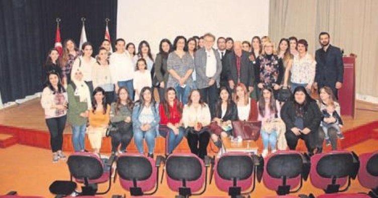 Tiyatrocu Tamer Levent öğrencilerle buluştu