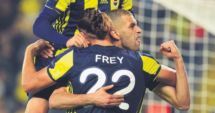 İslam Slimani Fenerbahçe'ye hayat verdi