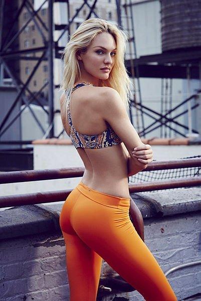 Ünlü model Candice Swanepoel, her paylaşımından servet kazanıyor