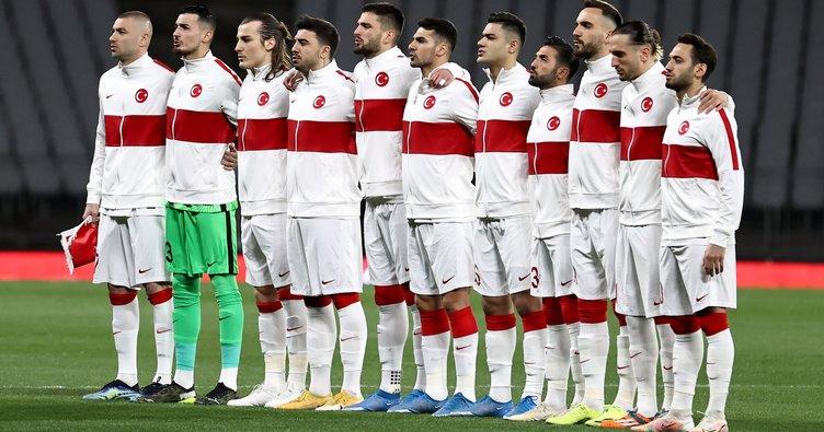 Son dakika: UEFA'nın milli takım kararı sonrası Merih Demiral ve Hakan Çalhanoğu EURO 2020'de olacak mı?
