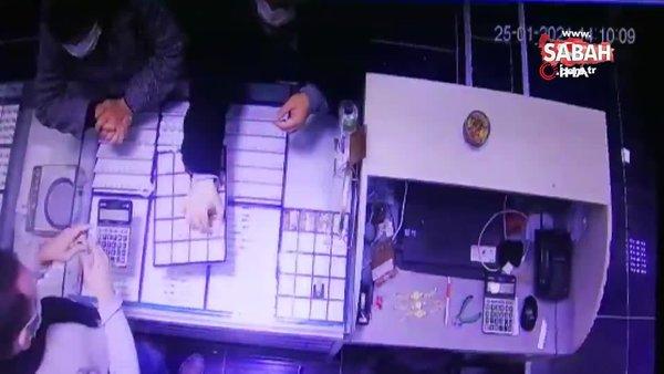 Kuyumcudan el çabukluğu ile hırsızlık kamerada | Video