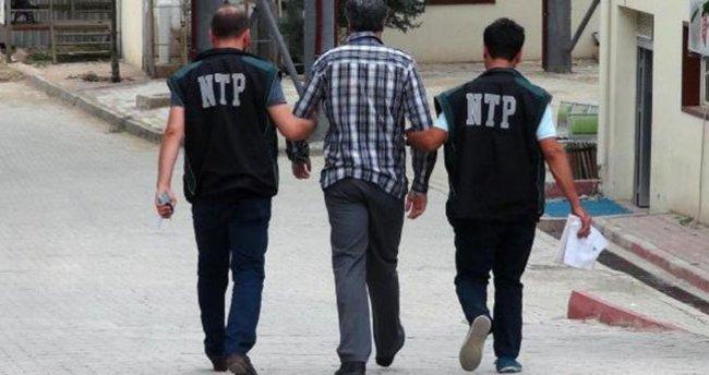 13 polis gözaltına alındı