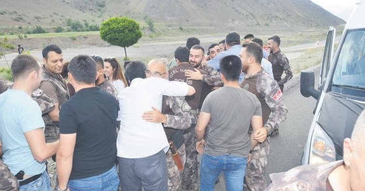 Afrin'de destan yazan kahramanlar sevinçle karşılandı
