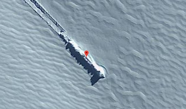 Google Haritalar'da adaya düşmüş UFO olduğu tespit edildi!