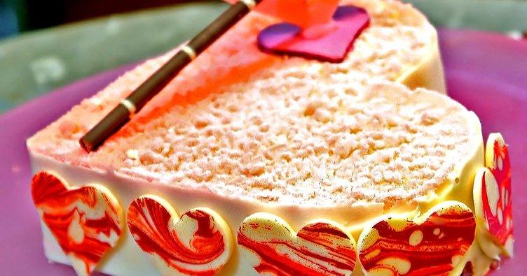 Kalbim Sende Pastası tarifi