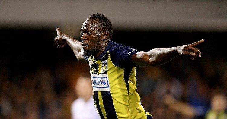 Futbola başlayan Usain Bolt golle tanıştı