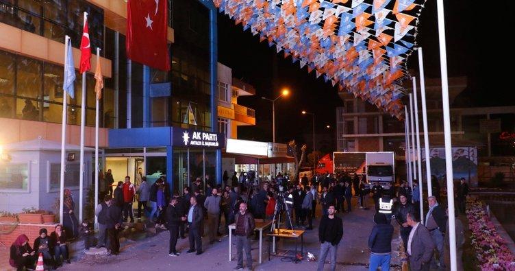 AK Parti Antalya'da 19 ilçede seçim sonuçlarına itiraz etti