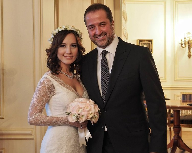 Nazlı Çelik ile Serdar Bilgili yeniden evleniyor