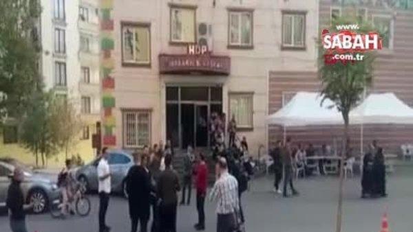 HDP önündeki babadan kızına çağrı: