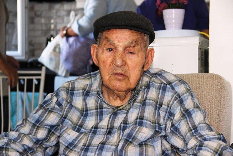 91 yaşındaki Mehmet amcaya Cumhurbaşkanı Erdoğan'dan sürpriz doğum günü