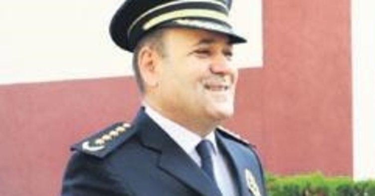 Polis okulu müdürü odasında ölü bulundu