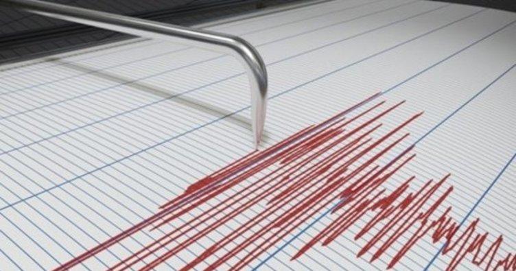 Son dakika haberi: İzmir'de korkutan deprem! İzmir Karaburun'da peş peşe deprem oldu!