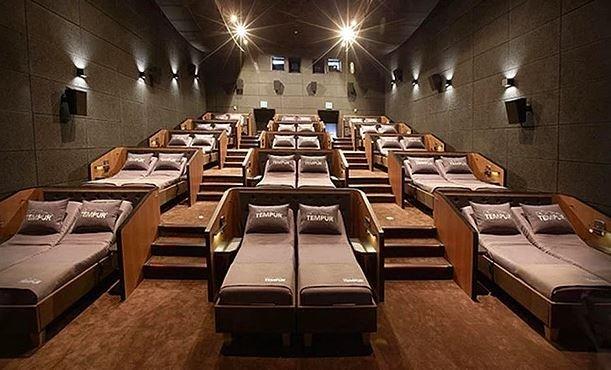 Bu da yeni moda: Yataklı sinema
