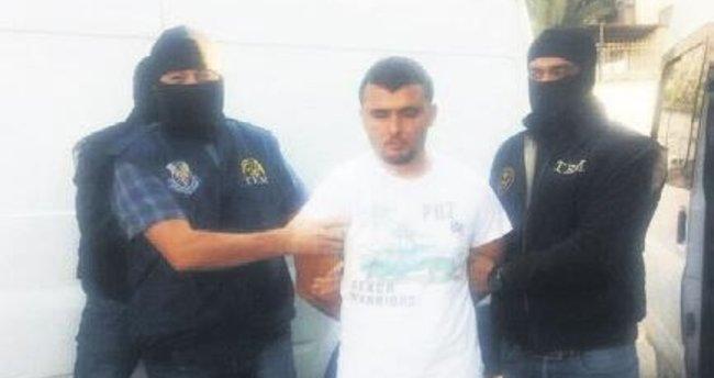 İzmir'i kana bulayamadan yakalandı