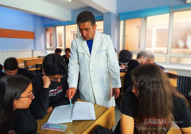 Öğretmenlere yeni önlük! Yeni öğretmen önlükleri tanıtıldı