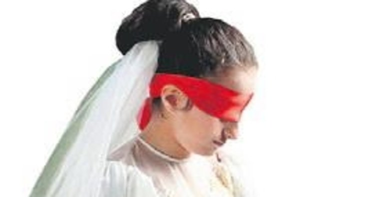 Zorla evlendirilmek istenen çocuk düğün salonundan kurtarıldı