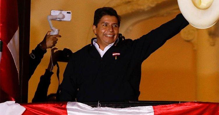Peru'da devlet başkanlığı seçimini solcu aday Pedro Castillo kazandı