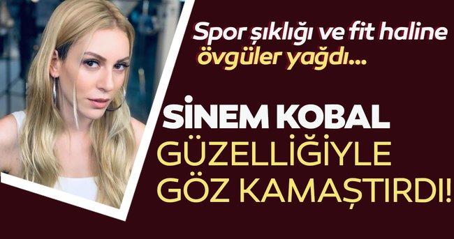 Taze anne Sinem Kobal'ın spor şıklığına ve fit haline övgüler yağdı … Güzelliğiyle göz kamaştırdı!