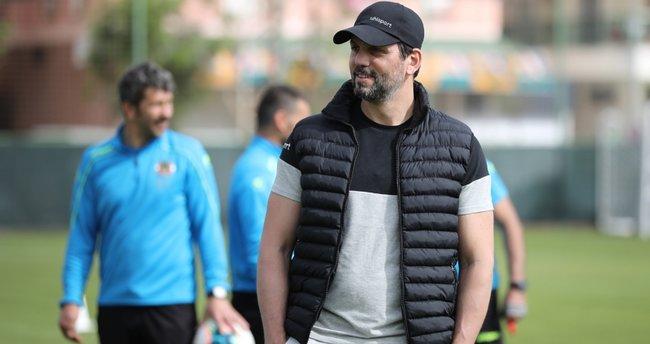 Fenerbahçe'de Erol Bulut için karar verildi