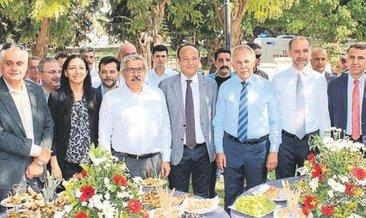 Hatay protokolü Atatürk Parkı'nda bir araya geldi
