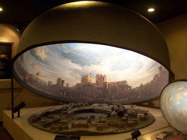 Dünyanın tek tam panoramik müzesine ilgi artıyor