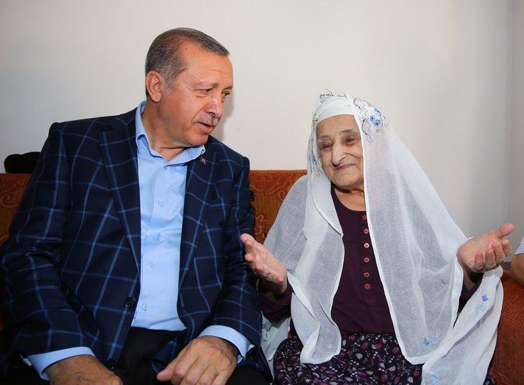 Cumhurbaşkanı Erdoğan hasta berberini ziyaret etti