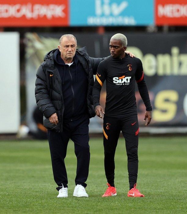 Son dakika: Galatasaray'da Fatih Terim'den flaş karar! Mustafa Cengiz'in sözleri sonrası...