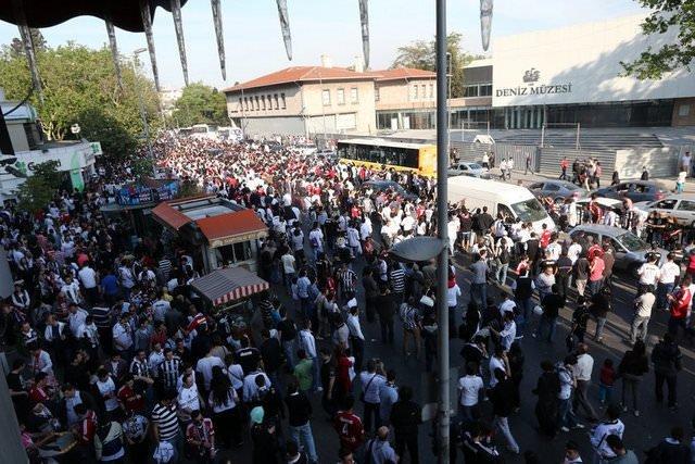 Beşiktaş'ta maç öncesi büyük gerginlik