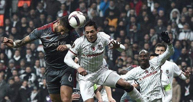 Yazarlar Beşiktaş-Olympiakos maçını yorumladı