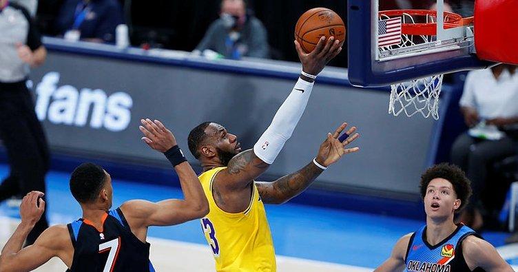 Lakers Thunder'ı LeBron James ile devirdi