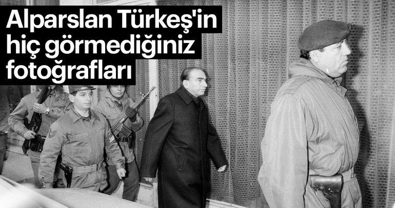 Başbuğ Alparslan Türkeş'in hiç görmediğiniz fotoğrafları
