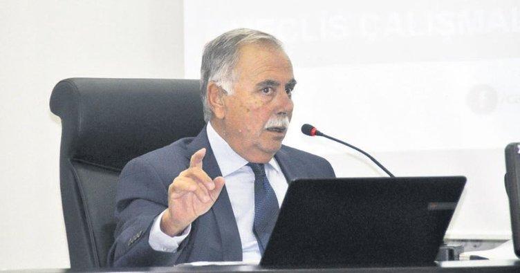 CHP'li başkan AK Parti'nin mikrofonunu kapattırdı