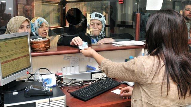 Emeklilere 3 yıllık promosyon ödenecek