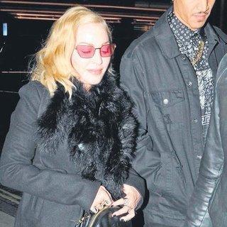 Madonna'nın parmaklarındakı Türk imzası