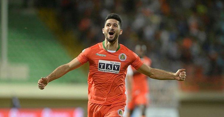 Galatasaray'da Emre Akbaba transferi bitiyor mu?
