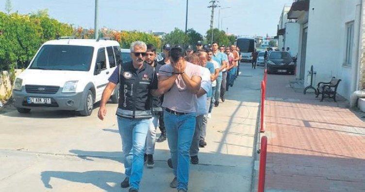 FETÖ'ye 54 ilde operasyon: 239 gözaltı
