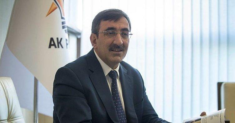 Cevdet Yılmaz: KOVİD 19 Kılıçdaroğlu'nun dönemine denk gelseydi sağlık altyapısı çökerdi