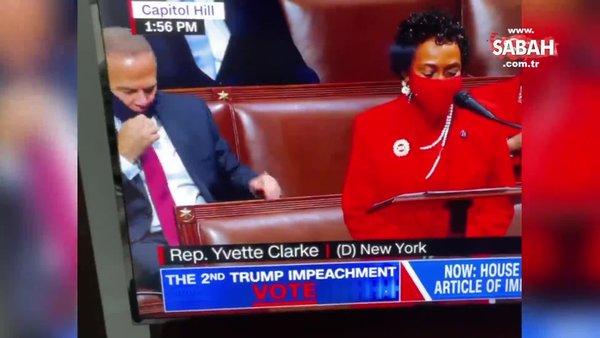 Cumhuriyetçileri suçluyorlardı, Demokrat Parti temsilcisinin o anı olay oldu | Video
