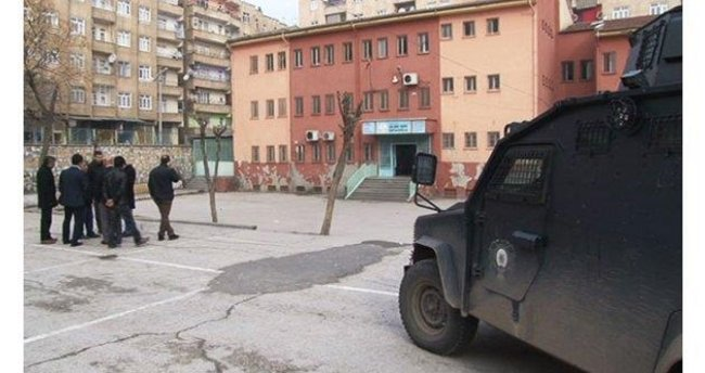 Batman'da okula ses bombası atıldı